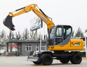 Chinese Small Cheap Mini Wheel Excavator 6ton 0.25 Bucket with Price for Sale pictures & photos