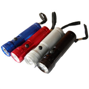 Best Quality High Power Long Range LED Aluminum Flashlight pictures & photos