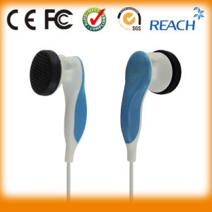 Direct Factory Plastic Stereo Earphone pictures & photos