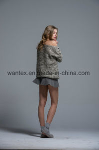 Ladies 100% Acrylic Knitted Sweaters Fashionable Knitted Tops pictures & photos