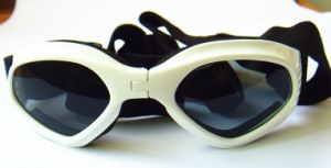White Pet Safety Sunglasses, Promotion Pet Products Supply pictures & photos