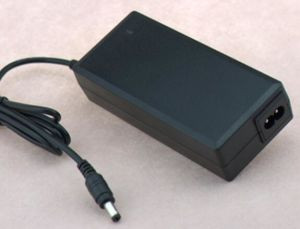 Switching Power Adapter for 7s2a Li-Polymer/Li-ion/Lithium Battery of Power Adaptor pictures & photos