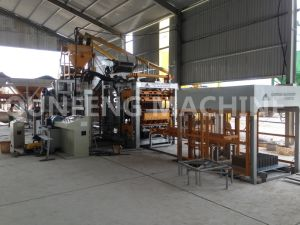 Full-Automatic Brick Making Machine (QFT5-15) pictures & photos