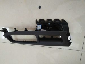 Jeep Volvo Interior Exterior Trim Parts Plastic Injection Mould pictures & photos