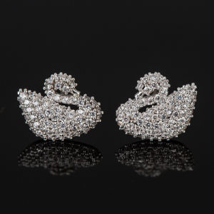 Fashion Zircon Crystal Swan Design Jewelry Stud Earrings in Rhodium Plated