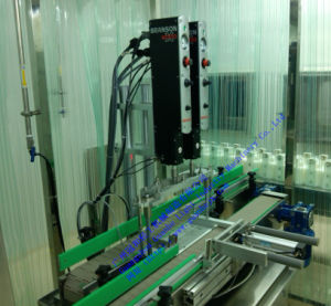 Customized Automatic Phmaceutical Liquid Filling Machine with Capping Line pictures & photos