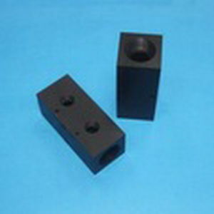 Black Anodizing Block by CNC Machining