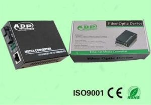 100m Dual Fiber Media Converter pictures & photos