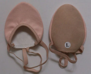 Pink Canvas Dancing Half Shoes pictures & photos