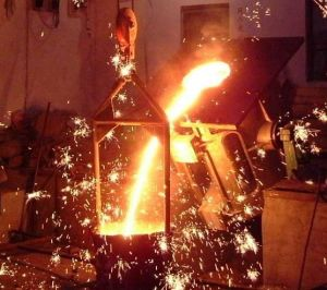 Smelting Iron Induction Furnace pictures & photos