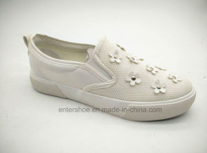 Vulcanized Women Shoe with PU Flower for Autumn (ET-YH160102W)