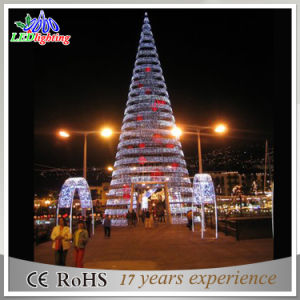 Artificial Outdoor Spiral LED Christmas Tree Flashing Giant Decoration Light & China Artificial Outdoor Spiral LED Christmas Tree Flashing Giant ...