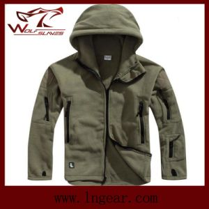 Winter Coldproof Fleece Jackets Outdoor Sports Fleece Jackets pictures & photos