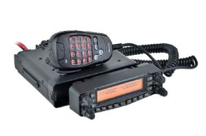 China Free Programming Cable Hf/VHF/UHF Car Mobile Radio Quad Band
