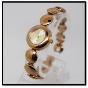 Lady Bracelet Watches Wholesale Rose Gold Plated Band Ladies Watch Gold Watches Luxury Watches Fashion Ladies Watch pictures & photos
