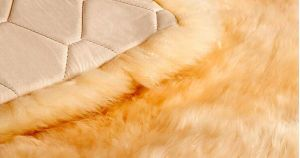 Luxurious Large Size Sheepskin Bedding Blanket pictures & photos
