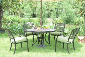 China New Hot Outdoor Garden Dining Table Set Cast Aluminum Patio