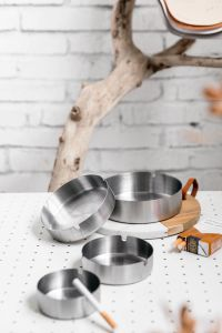 Stainless Steel Ashtray with Round Shape