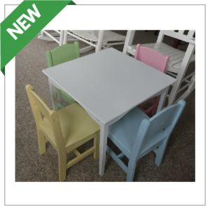 Kindergarten Furniture/Kids′ Tables and Chairs (002)