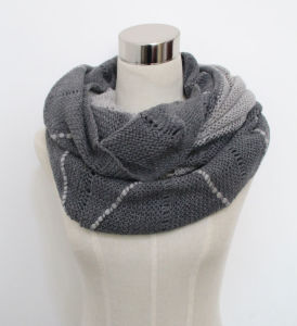 Lady Fashion Acrylic Mohair Knitted Wrap Scarf Yky4382) pictures & photos