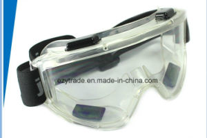 Concealer Clear Anti-Fog Dual Mold Safety Goggle