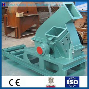 High Efficiency Small Sawdust Wood Crusher Machine pictures & photos
