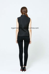 Good Quality Fashion OEM ODM Polyester Vest Winter Ladies Waistcoat pictures & photos