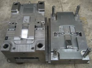 2017 Custom OEM Plastic Mold Injection Molding pictures & photos