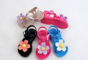 495699fd307 China Children Girl′s PVC Jelly Sandals Slipper Shoes - China Girl ...