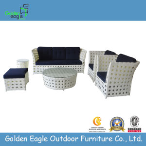 Wide Rattan Outoor Wicker Garden Sofa (GP0014)