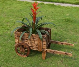 Outdoor Novety Wheelbarrow Planter Antique-Looking Cedar Wood Cart Wood Wheel
