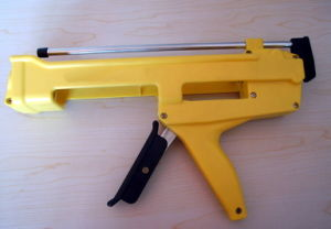 235 Glue Gun Or Dispenser