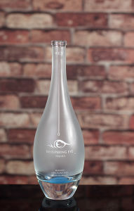 750ml Frosted Glass Bottles pictures & photos