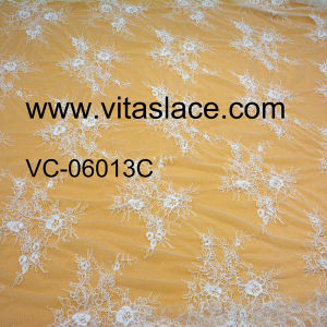 1.4m White Polyester Lace for Wedding Decoration Vc-06013