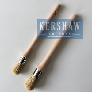Round Brush (Paintbrush with Pure White bristle and hard wood handle, flat-round brush) pictures & photos