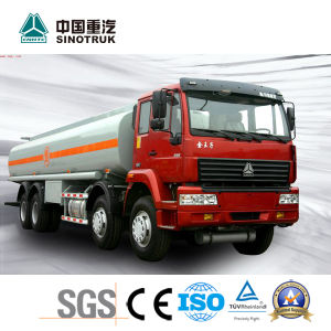 Popular Model Sinotruk Oil Tanker Truck of 30 M3 pictures & photos