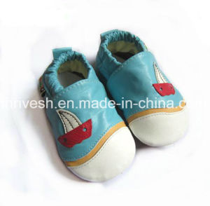 Wholesale Soft Sole Fancy Cartoon Infant Newborn Baby Shoes pictures & photos