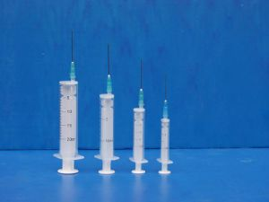 2 Parts Syringe with Needle 2ml 5ml 10ml 20ml