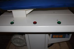 CE Approvered Fully Atuomatic Laundry Press Machine (WJT-125) pictures & photos