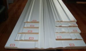 Primed Mdfand Wooden Skirting pictures & photos