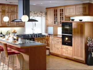 Natural Wood Kitchen Cabinets (#2012-106) pictures & photos