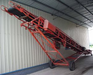 Flexible Conveyor for Coal, Rock, Gravel, Sand, Grain, Dirt & Sludge