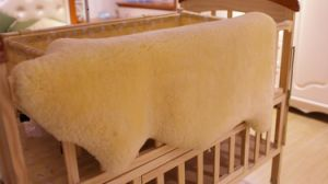 Genuine Sheepskin Baby Blanket Soft Lambskin pictures & photos