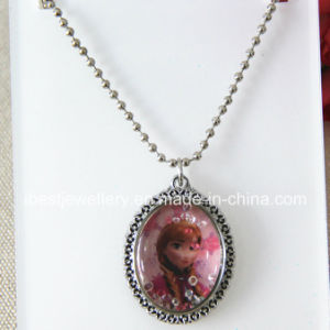 Fashion Jewelry -Frozen Case Necklace with Glitter Pendant Necklace