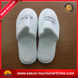Custom Wholesale Disposable Slipper for Hotels pictures & photos
