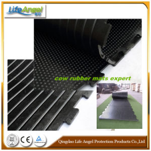 17mm Thick Customed Rubber Interlocking Flooring Cow Mat