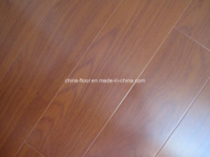 V Groove Smooth Laminated Floors (Design 17)