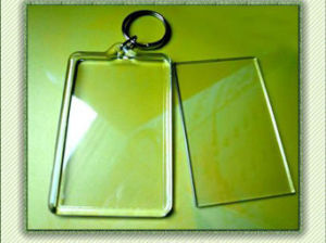Simple OEM Clear Acrylic Photo Keychain pictures & photos