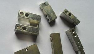 CNC Machined Components Parts-TV Component Parts pictures & photos