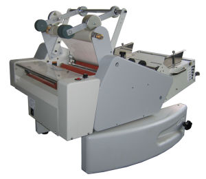 340mm Auto Paper Feeding and Auto Cutting Roll Laminating Machine pictures & photos